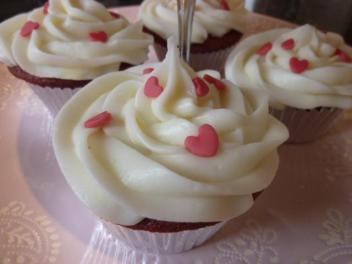 Engagement heart cupcake