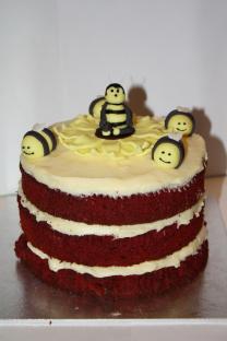 Red velvet bee cake