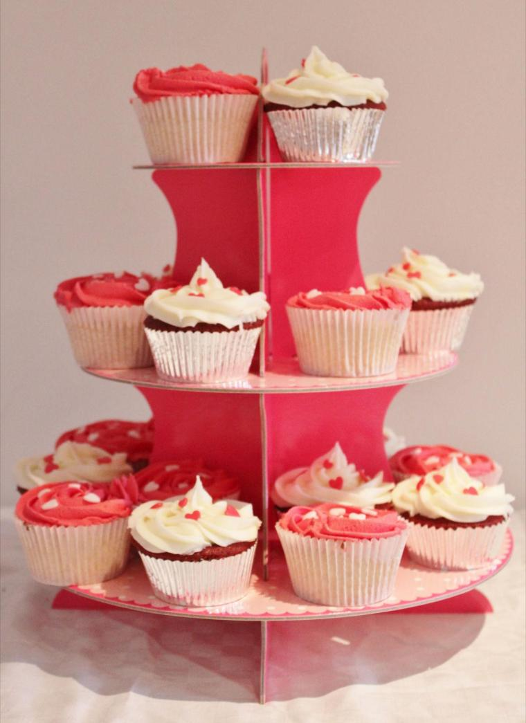 Engagement heart cupcakes