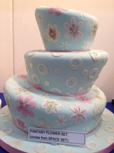 Cake International wonky cake