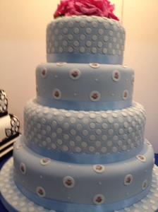 Cake International blue wedding cake