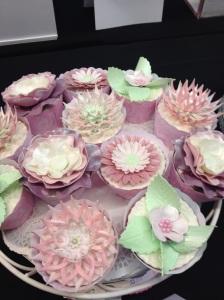 Cake International pastel flower cupcake