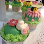 Cake International rabbit cupcake