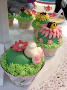 Cake International rabbit cupcake