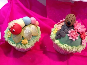 Cake International wildlife cupcake