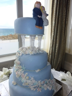 blue shell wedding cake