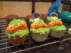 Pumpkin Halloween cupcake